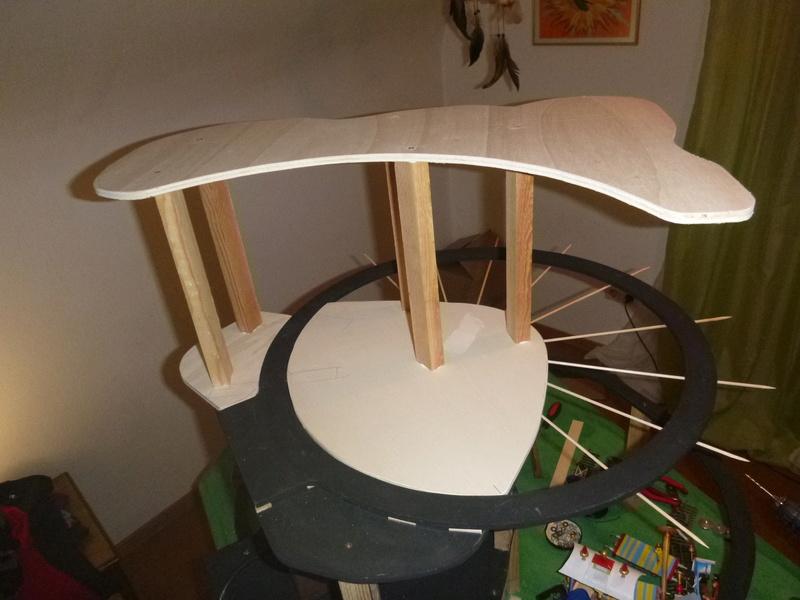 Nellie Rowland Emett Smallbrook Studio Anlage mit 8Tunnels und Berg, Luftschiff  P1060611