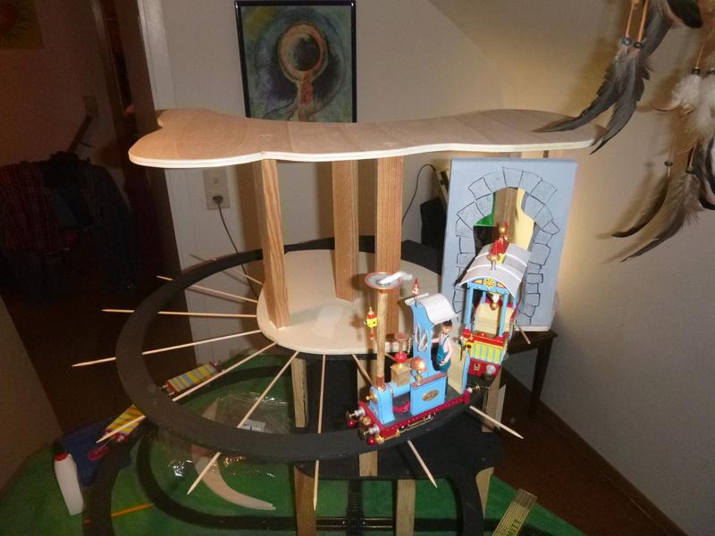 Nellie Rowland Emett Smallbrook Studio Anlage mit 8Tunnels und Berg, Luftschiff  P1060614