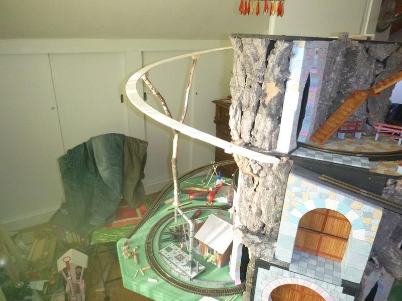 Nellie Rowland Emett Smallbrook Studio Anlage mit 8Tunnels und Berg, Luftschiff  - Seite 2 P1070266