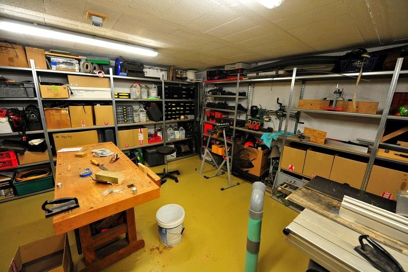 Où trouver des rayonnages, ou comment faire des rayonnages pour ranger l'atelier ? Atelie12