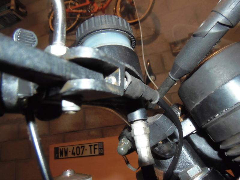 frein - quel levier frein sur etz 250 avec maitre cylindre et etrier BREMBO ? Pc120013