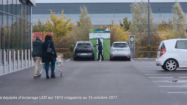 La publicité pour la ZOE est sur les écrans TV - Page 2 C9b46210