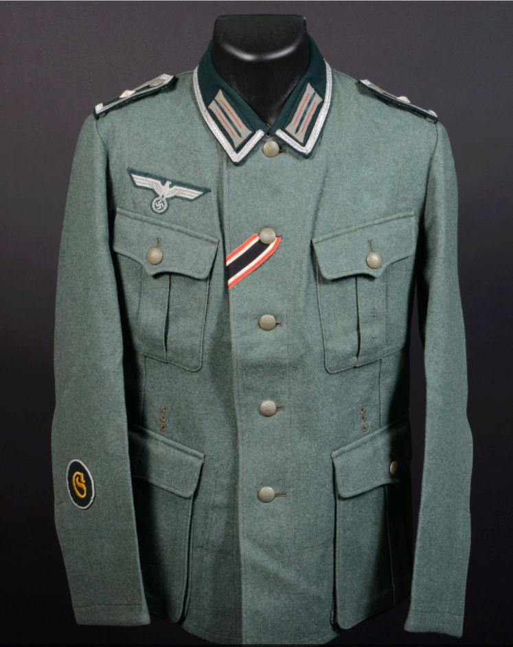 salle des ventes caen vestes allemandes beaucoup de tampons !!! 0110