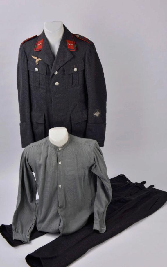 salle des ventes caen vestes allemandes beaucoup de tampons !!! 0610