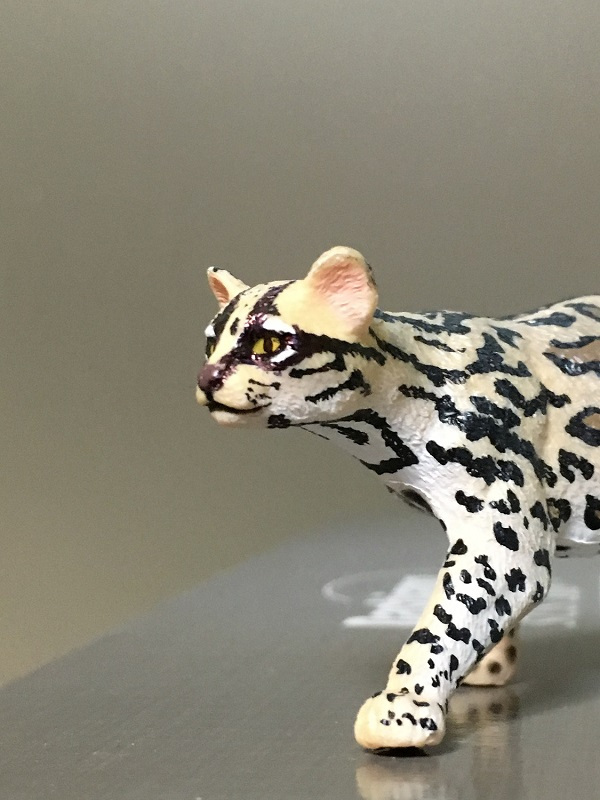 Fix Papo Ocelot's painting with ball point pen 1110