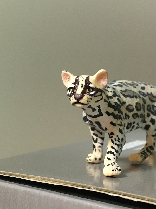 Fix Papo Ocelot's painting with ball point pen 2210