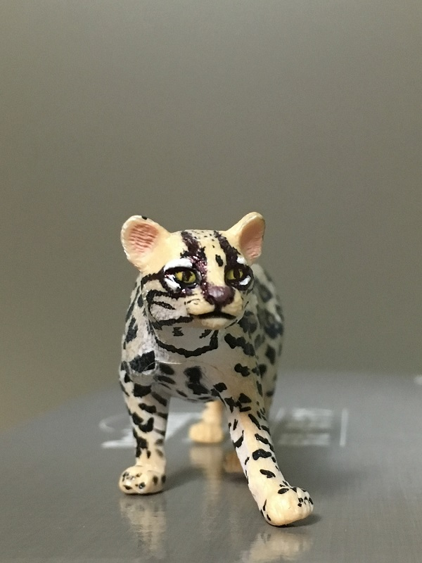 Fix Papo Ocelot's painting with ball point pen 3310