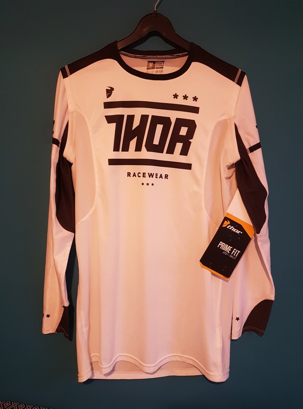 VDS maillots, pantalons, casque NEUF 50% THOR  First racing  20171123