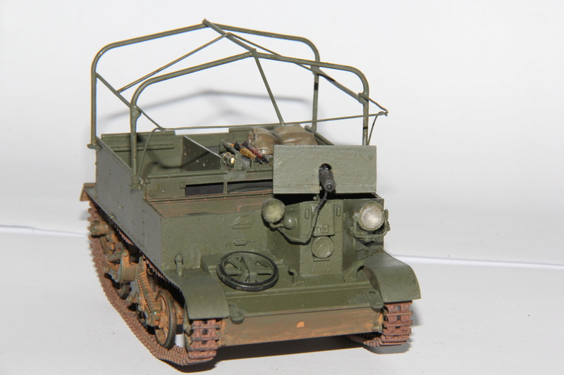 Universal Carrier - Tamiya 1/35 décalcomanies - Page 2 00116