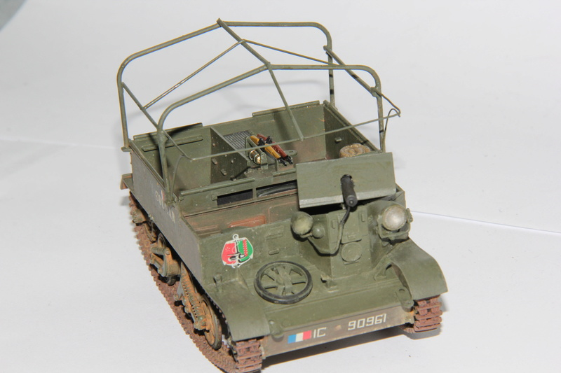 Universal Carrier - Tamiya 1/35 décalcomanies - Page 2 00117
