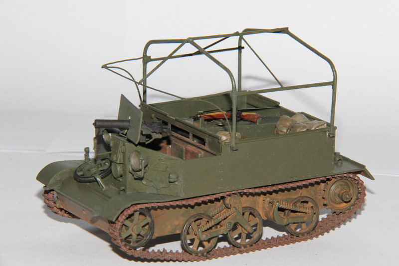 Universal Carrier - Tamiya 1/35 décalcomanies - Page 2 00216