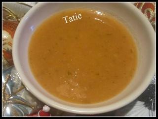 Soupe aux tomates. 24862210