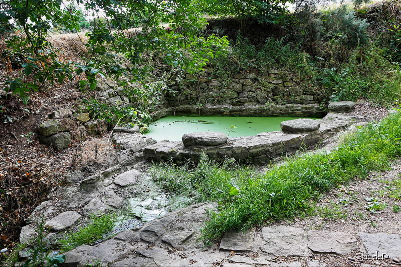 Des lavoirs, fontaines, bassins... Brechl11