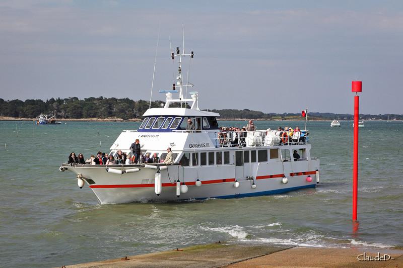 Navires de dessertes ou à passagers, bretons - Page 2 Langel10