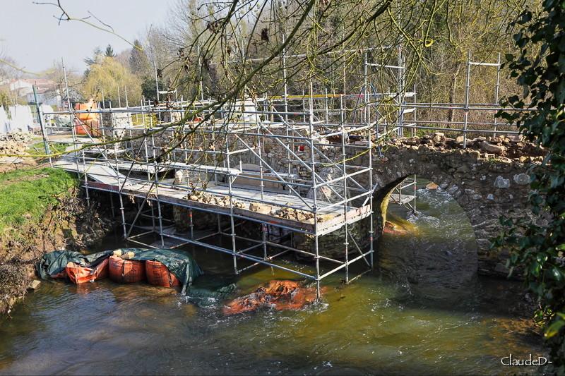 Ponts d' ailleurs Mouzpo10
