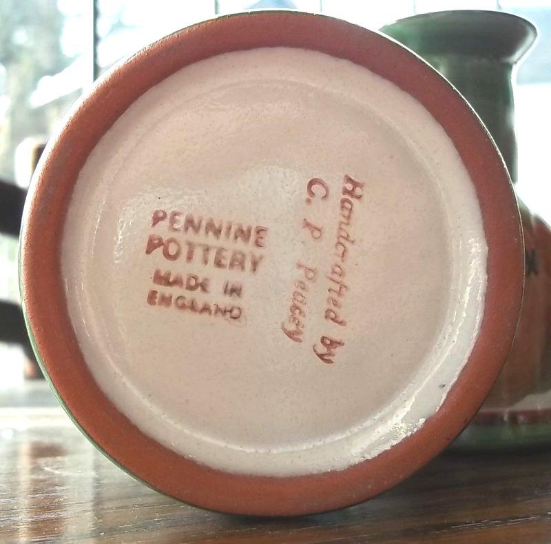 Pennine pottery (Derbyshire). 100_3736