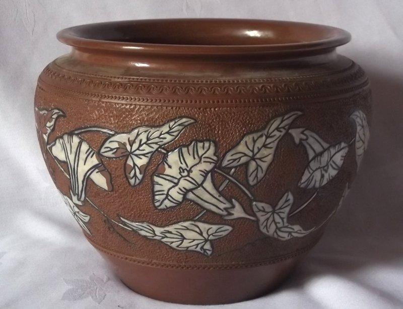 Langley Mill Pottery (Lovatt) - Derbyshire.  - Page 4 100_3743