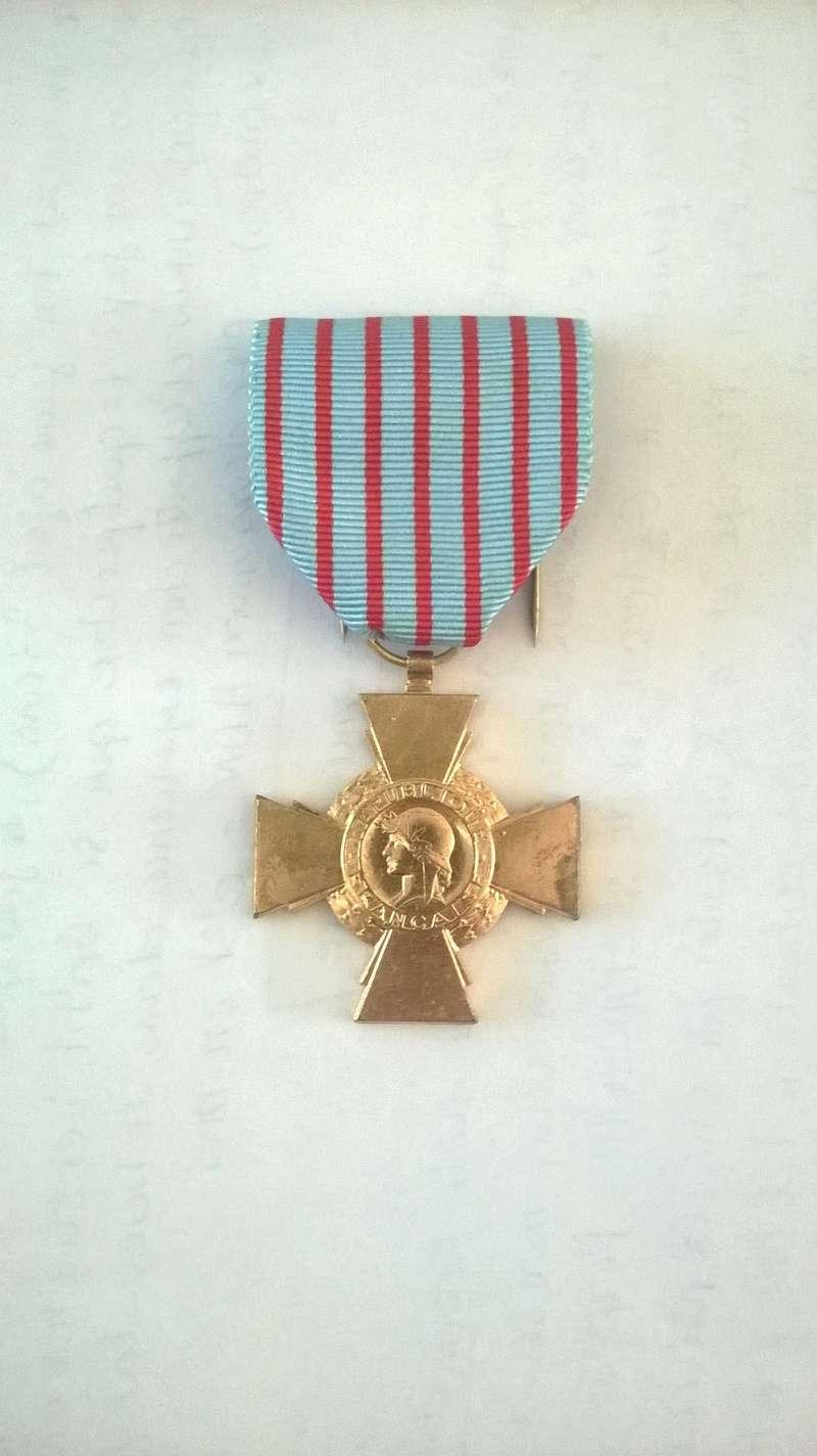 Médailles du grand père  Wp_20121