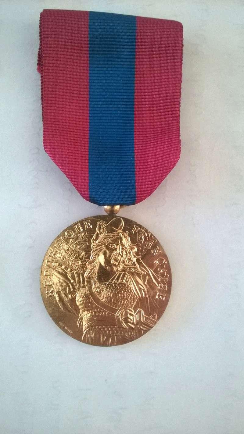 Médailles du grand père  Wp_20122