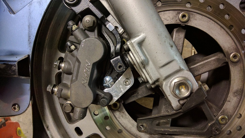Amélioration freinage 1500 - Page 2 Img_2027