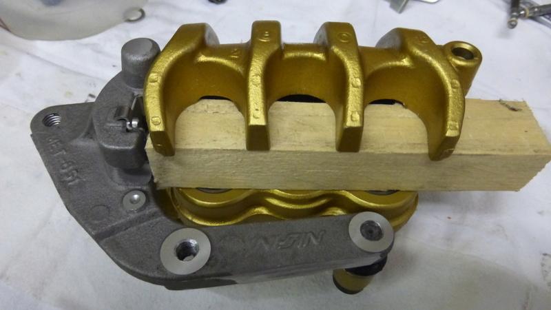 Amélioration freinage 1500 Valkyrie P1000716