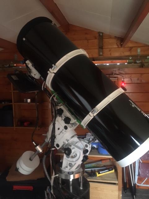 M13 sur nouveau setup .Newton SkyWatcher aluminium 250mm f/4 Black diamond Img_4610