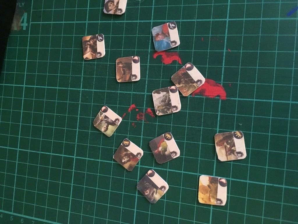 Chefs & Cachots... A vos imprimantes et ciseaux!!!!( faut de la colle aussi!) Img_1310