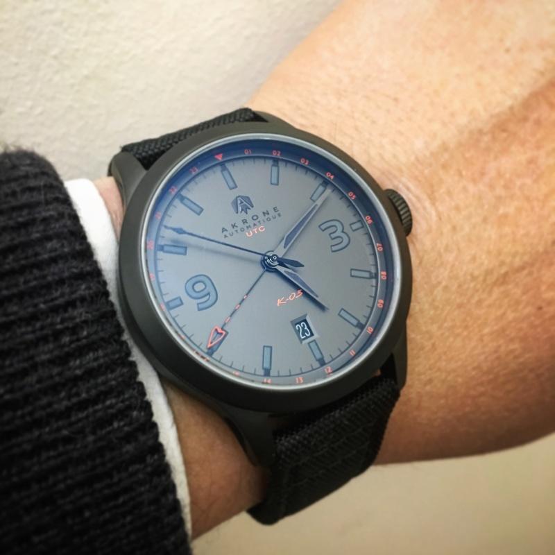 Votre montre du jour - Page 6 1d5cbe10