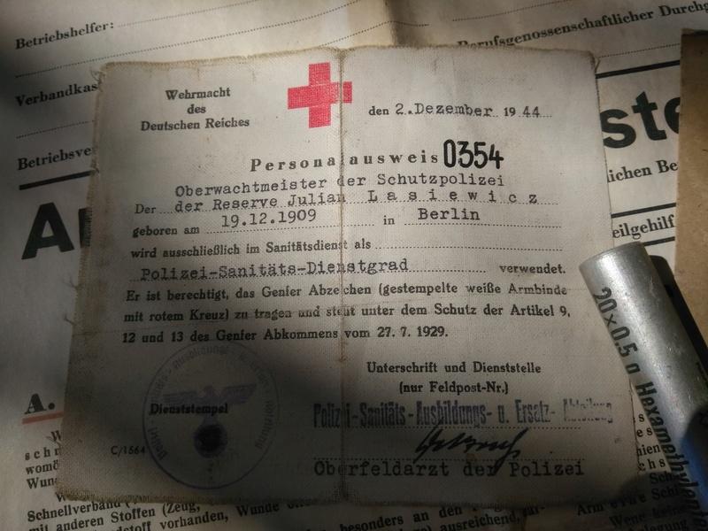 Boite Allemande premiers secours a identifier Img_2029