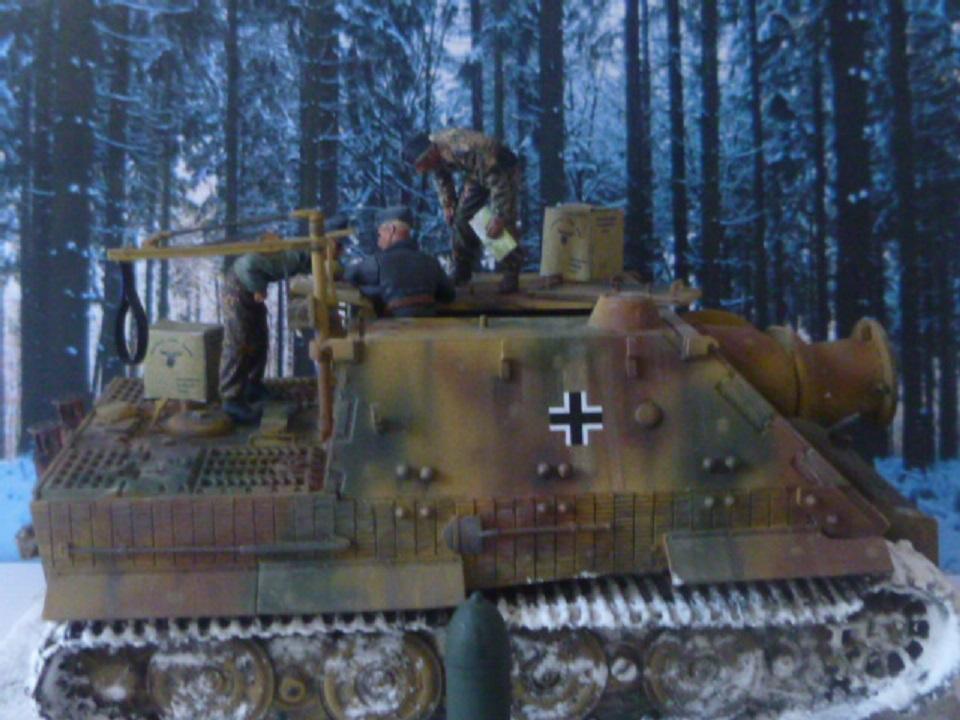 Wacht am Rhein Ardennes décembre 1944 - Sturmtiger Italeri et équipage Verlinden 1/35 P1040353