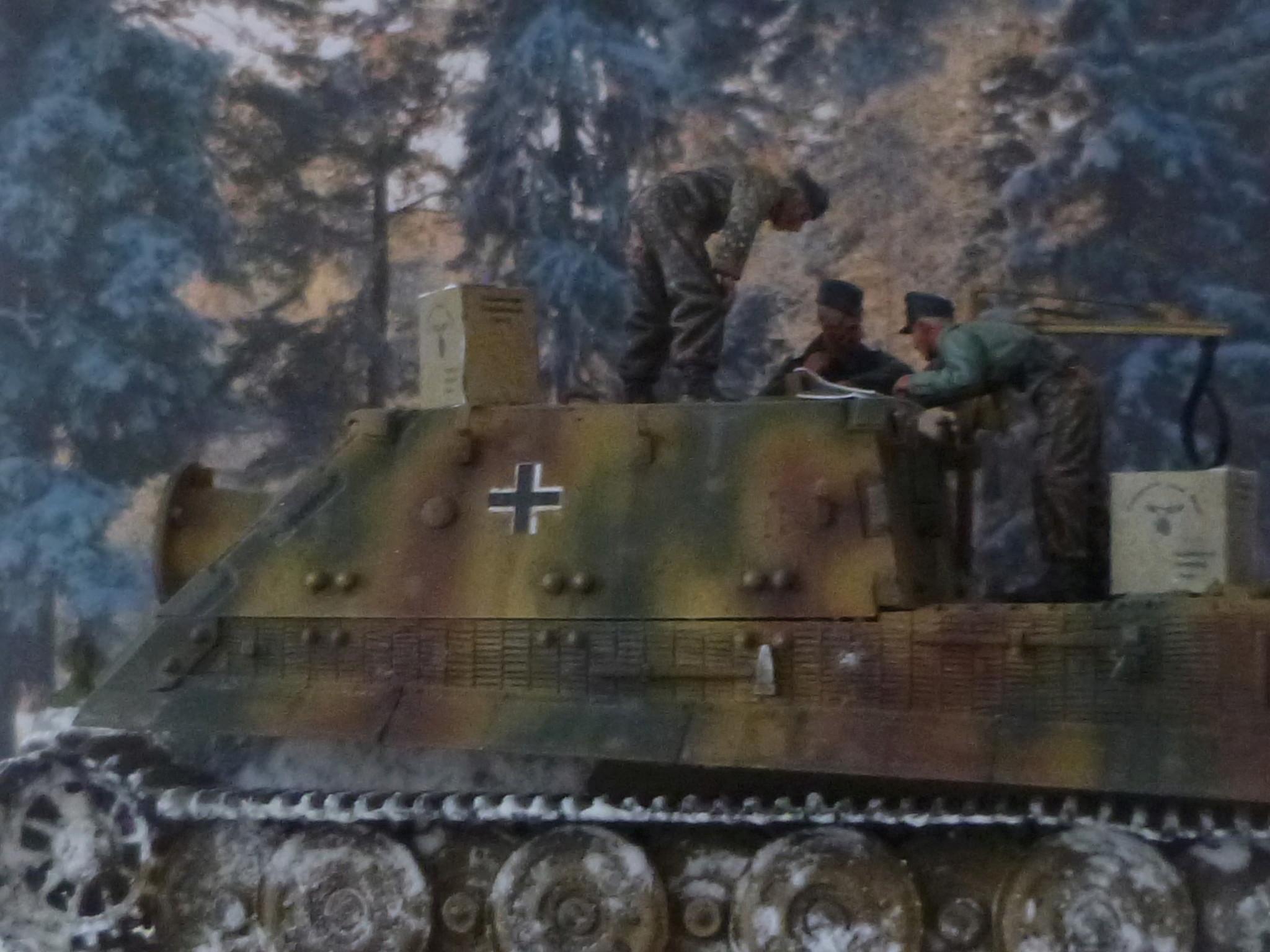 Wacht am Rhein Ardennes décembre 1944 - Sturmtiger Italeri et équipage Verlinden 1/35 P1040356