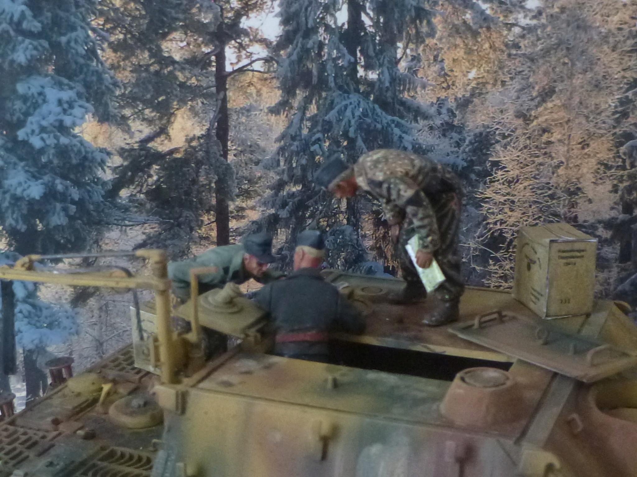 Wacht am Rhein Ardennes décembre 1944 - Sturmtiger Italeri et équipage Verlinden 1/35 P1040358