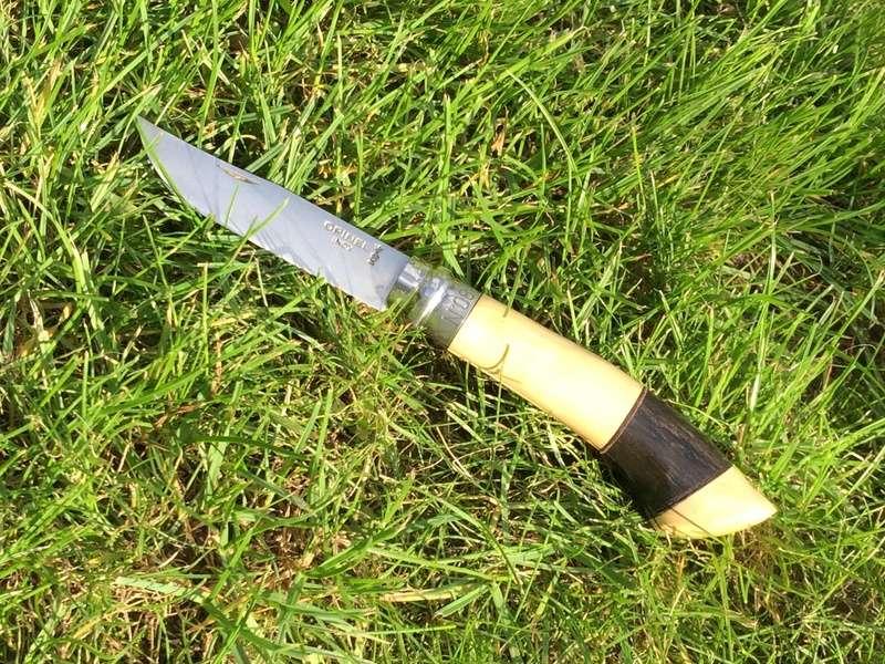 Personnalisations  de couteaux par Sébastien - Page 5 Img_6011