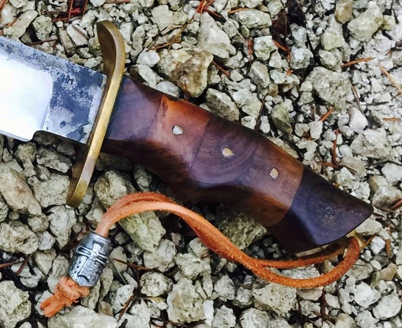 Votre couteau, votre préférence au jour le jour : pliant, dague ?  - Page 5 Img_6510