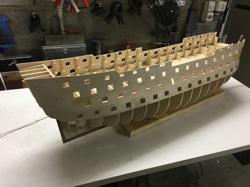 Nochmals ein Bauversuch, die H.M.S. Victory gebaut von Helling Vic_1y10