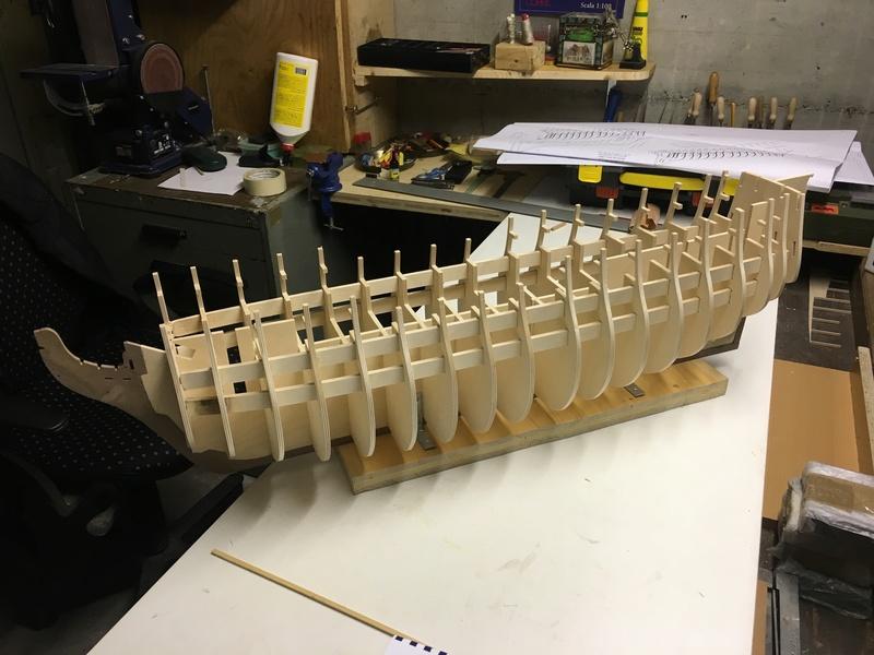 Nochmals ein Bauversuch, die H.M.S. Victory gebaut von Helling Vioc_111