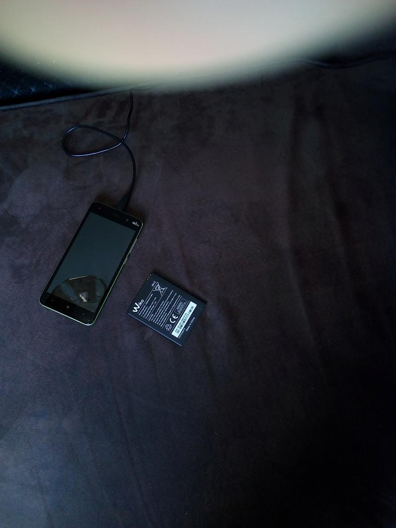 Impossible de charger la batterie de mon nouveau téléphone Img_2042