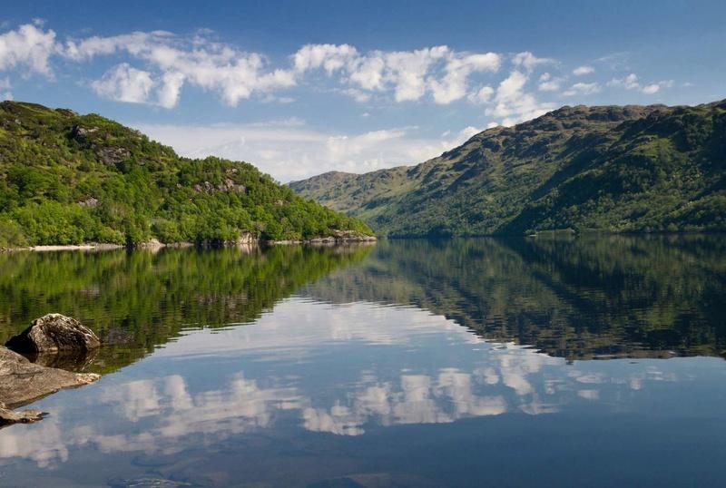 Les plus spectaculaires lacs du monde 1012