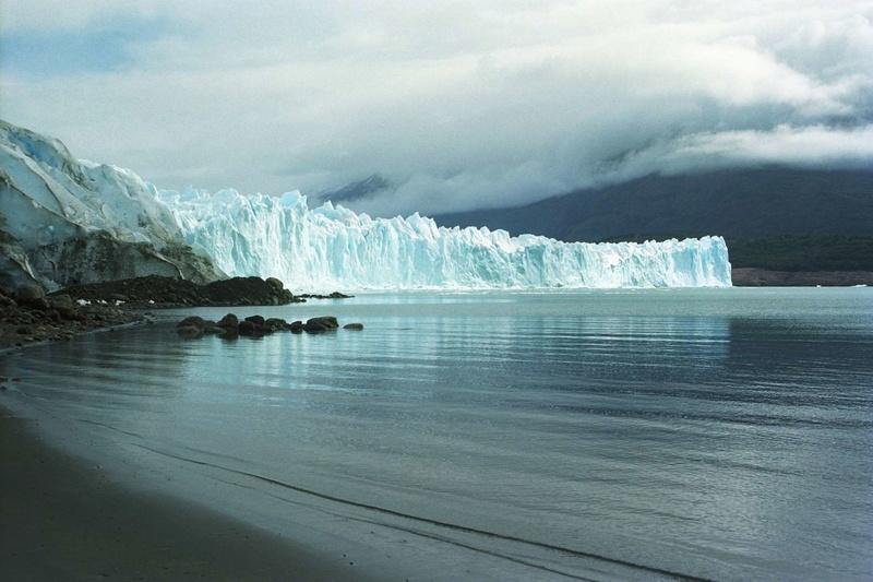 Les plus spectaculaires lacs du monde 1111