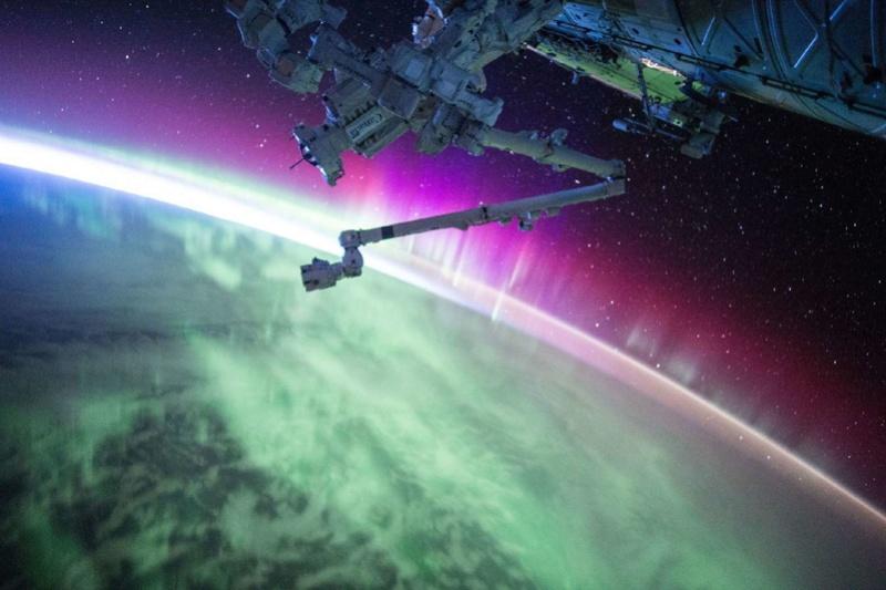La Terre vue de l'espace : les astronautes ont les plus belles vues. 221