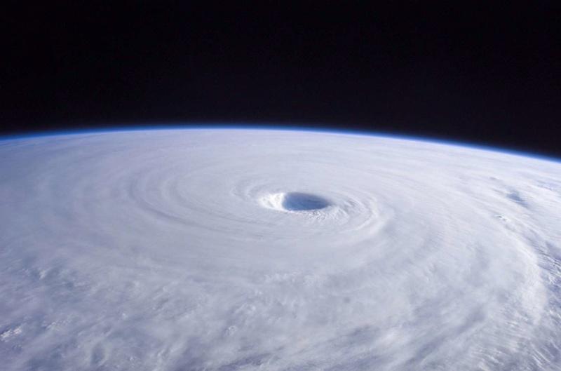 La Terre vue de l'espace : les astronautes ont les plus belles vues. 322