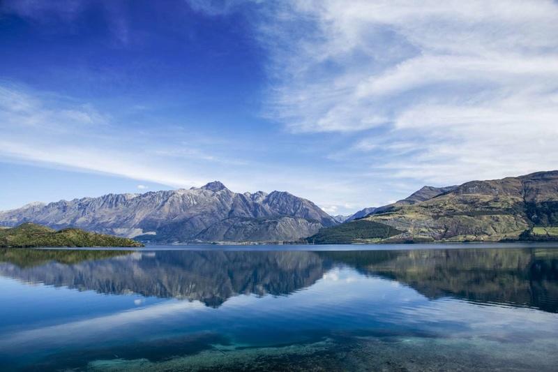 Les plus spectaculaires lacs du monde 413