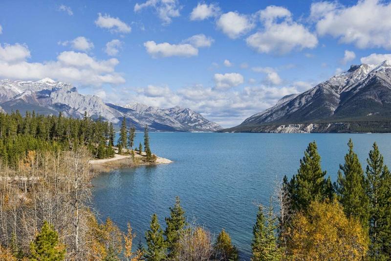 Les plus spectaculaires lacs du monde 516