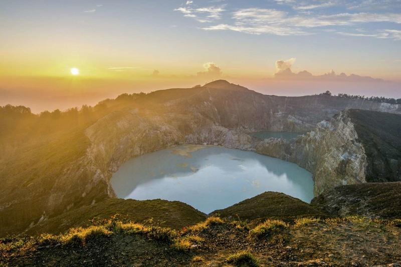 Les plus spectaculaires lacs du monde 614