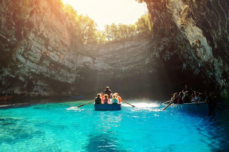 Les plus spectaculaires lacs du monde 615