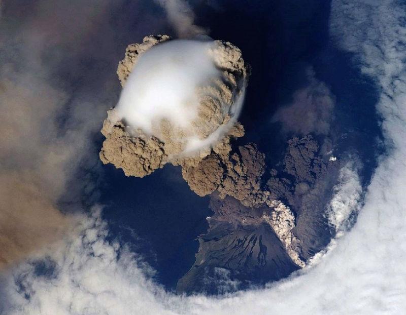La Terre vue de l'espace : les astronautes ont les plus belles vues. 618