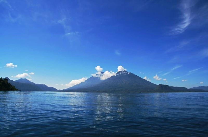 Les plus spectaculaires lacs du monde 815