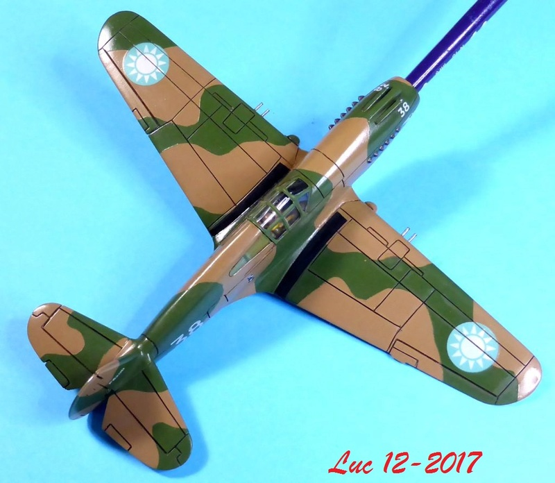 [Frog] CURTISS P-40 TOMAHAWK 2 versions - Page 5 Tpf-1910