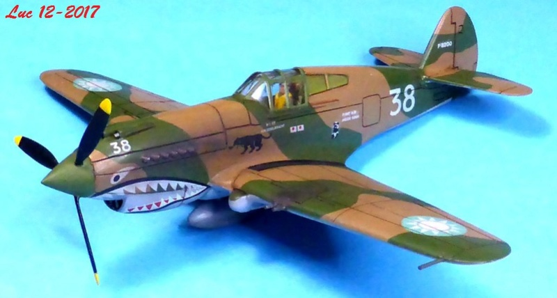 [Frog] CURTISS P-40 TOMAHAWK 2 versions - Page 5 Tpf-3410