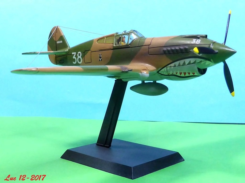 [Frog] CURTISS P-40 TOMAHAWK 2 versions - Page 5 Tpf-4010